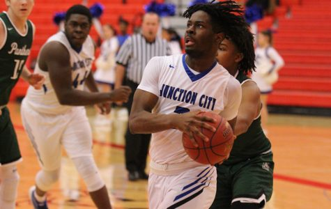PHOTOS: Boys Basketball at McPherson Invitational Tournament