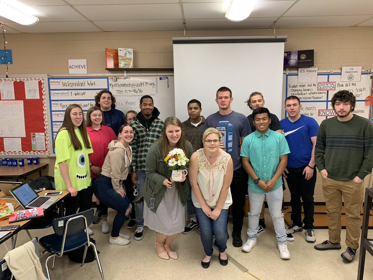 Ms. Meek poses with her class after she found out that she was the nominee for the Horizon award.