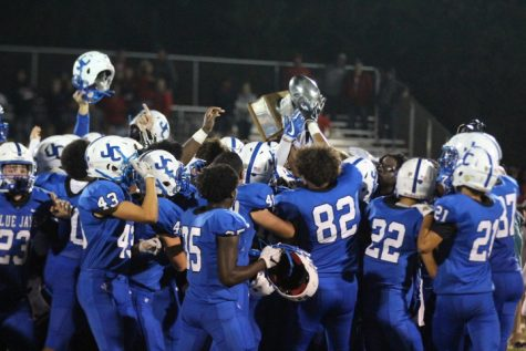 LIVESTREAM: Blue Jay Football vs Manhattan High